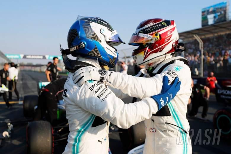 Hamilton beats Bottas to Australian GP pole