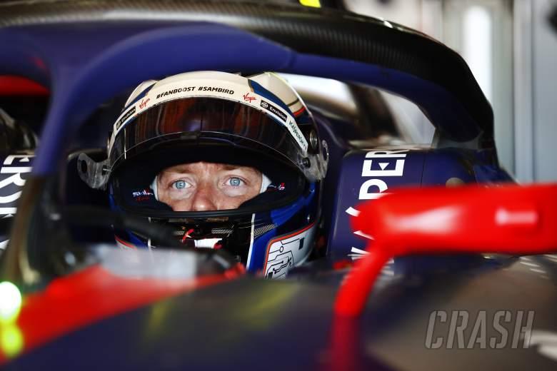 Bird escapes pit lane crash to take Marrakesh Formula E pole