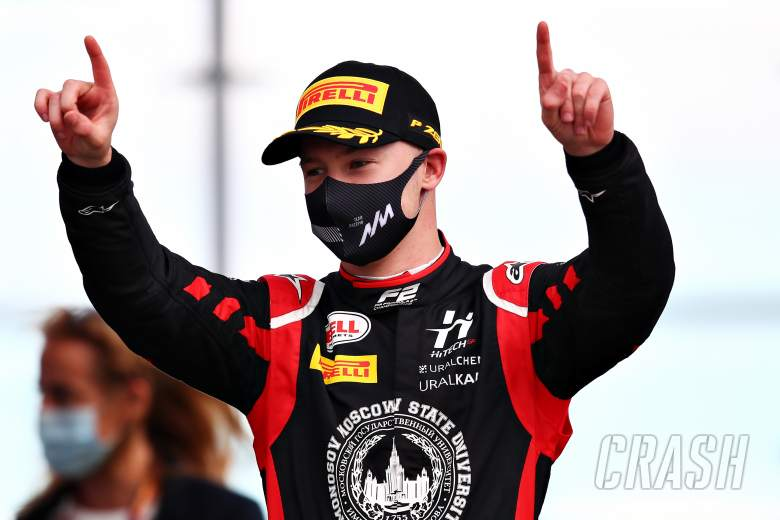 Haas confirmed a pilot with a controversial past for 2021