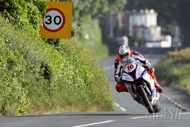 Road Racing: TT 2018: Hickman throws hat in ring with personal best lap