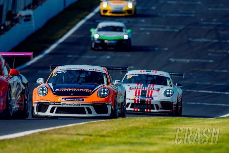 BTCC: Wrigley wins Porsche finale, Ellinas snatches title