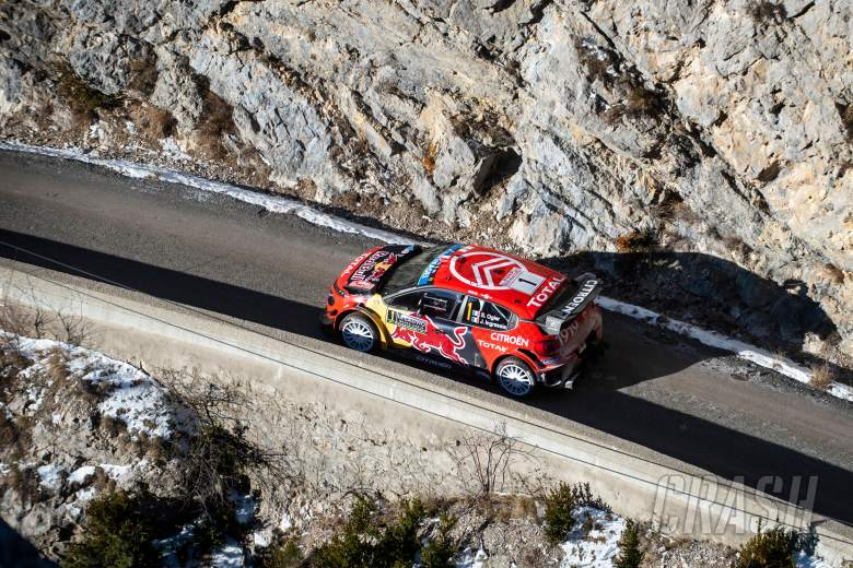 World Rally: Ogier resists Neuville as Evans drops out