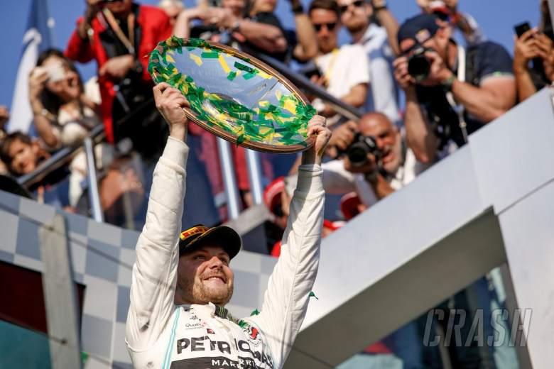 Bottas takes crushing Australian GP victory