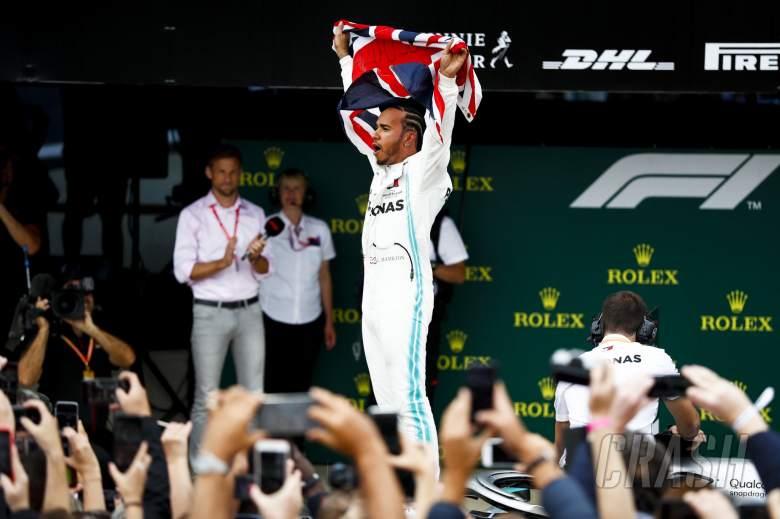 Hamilton scores record 6th British GP win as Vettel, Verstappen clash