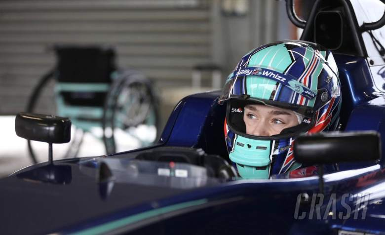 F3: Monger passes FIA F3 extraction test in Abu Dhabi