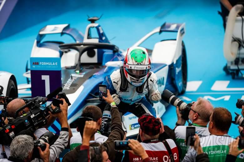 Formula E: BMW's da Costa beats Vergne for first win of FE's new era