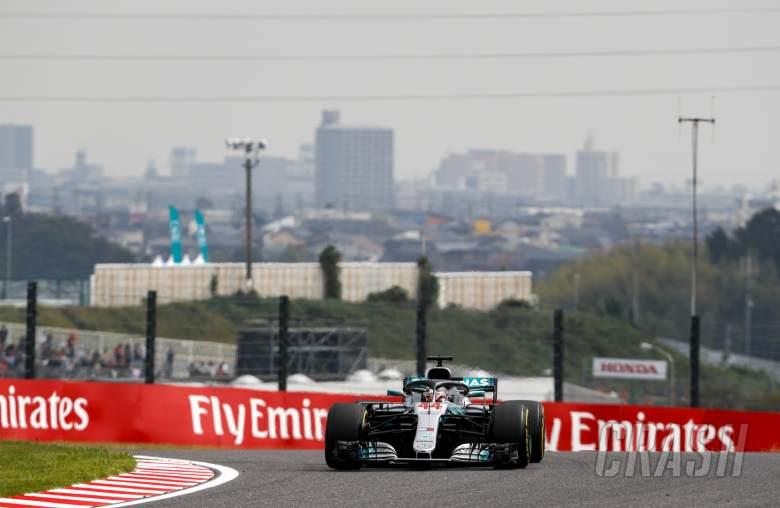 F1: Hamilton takes Japan F1 pole as Ferrari blunder leaves Vettel 9th