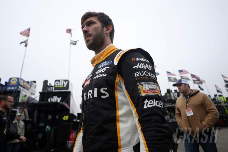 NASCAR: Suarez, McDowell exchange punches, words during Qualifying