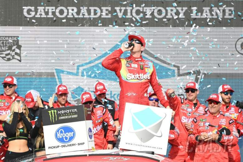 NASCAR: TicketGuardian 500 at ISM Raceway full results