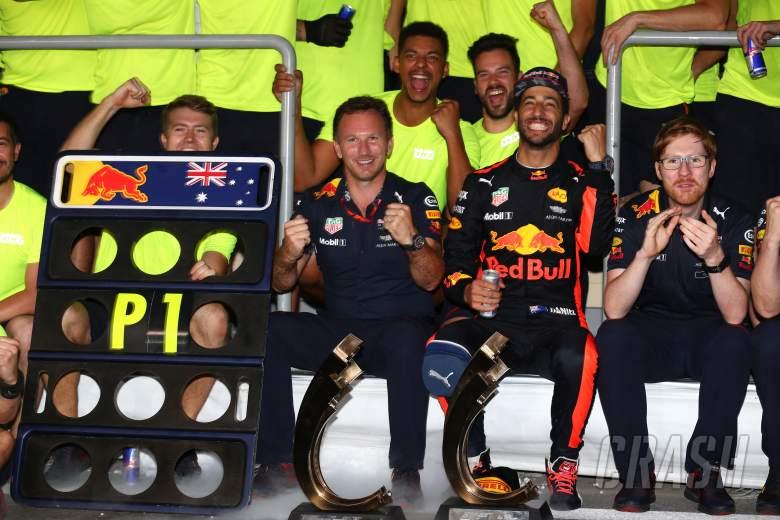 F1: Daniel Ricciardo, Christian Horner, Red Bull,