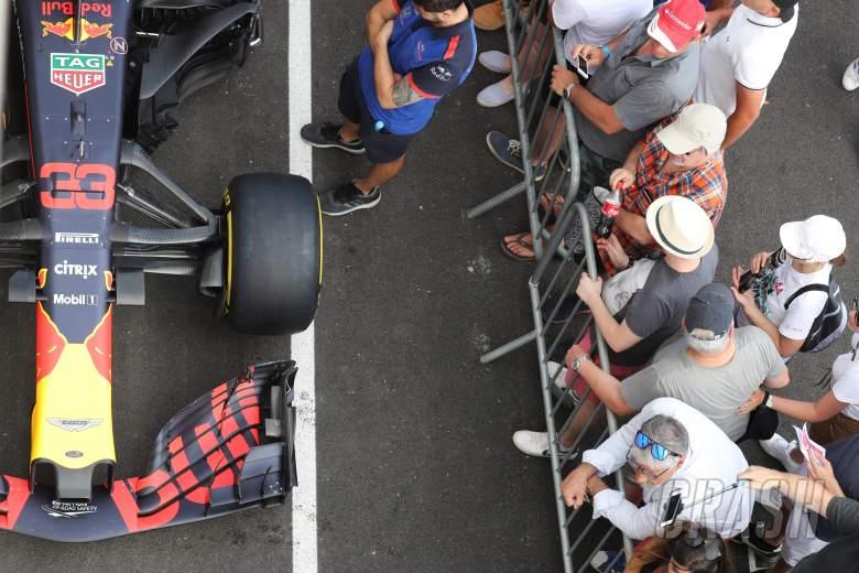 F1, Fans,