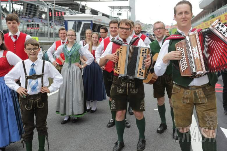 F1: F1 Paddock Notebook - Austrian GP Friday