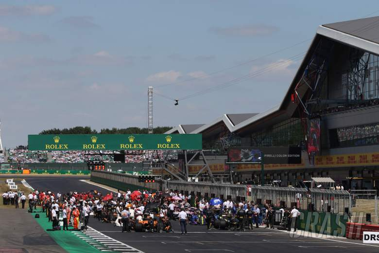 F1: Bratches issues fresh warning over Silverstone's F1 future