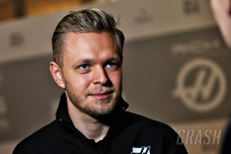 "F1: Magnussen wants 2019 F1 rules to end ""joke"" fuel saving"