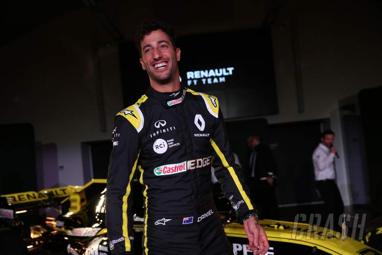 F1: Ricciardo will 'annoy' Renault with 2019 F1 car feedback