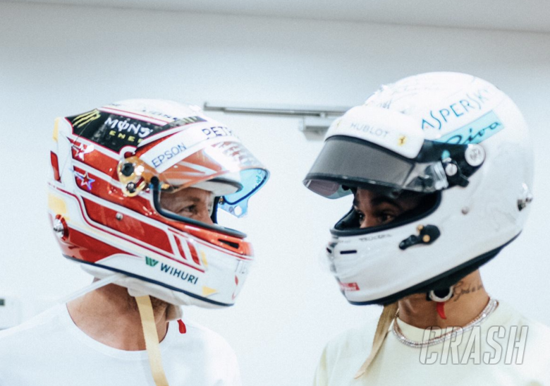 F1: Hamilton and Vettel swap F1 helmets out of 'highest respect'