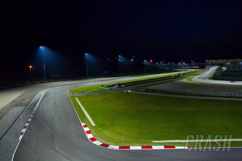 MotoGP: PIC: Floodlights at Sepang…