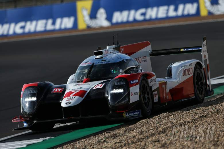 Toyota locks out front row for Silverstone WEC opener