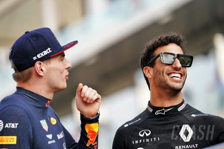 Sainz set to replace Vettel at Ferrari