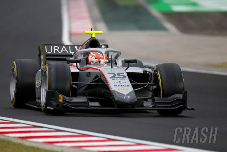 F2 Hungary: Ghiotto resists Ilott for sprint race victory