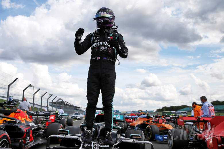 Lewis Hamilton survives last-lap puncture to win F1 British GP