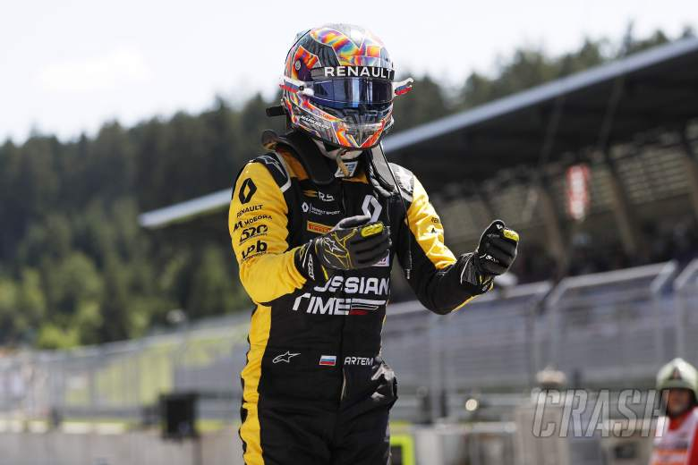 F2: Markelov wins, Russell takes F2 points lead from Norris