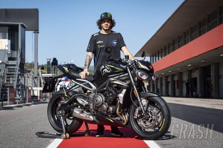 Bezzecchi awarded Triumph Street Triple RS for trophy win… but he can't ride it