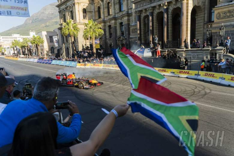 F1 shelves fan festival in Johannesburg due to coronavirus