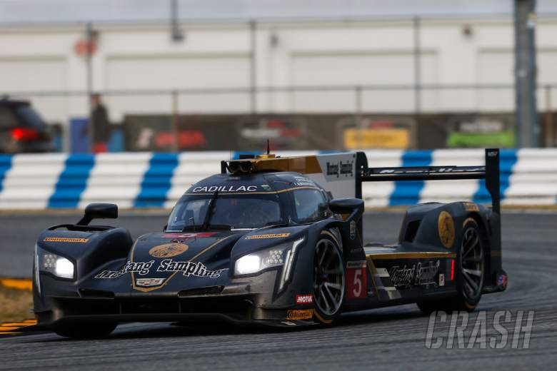 Action Express wins Rolex 24 as issues end Alonso's hopes