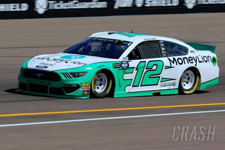 NASCAR: Ryan Blaney bests Chase Elliott for Phoenix pole