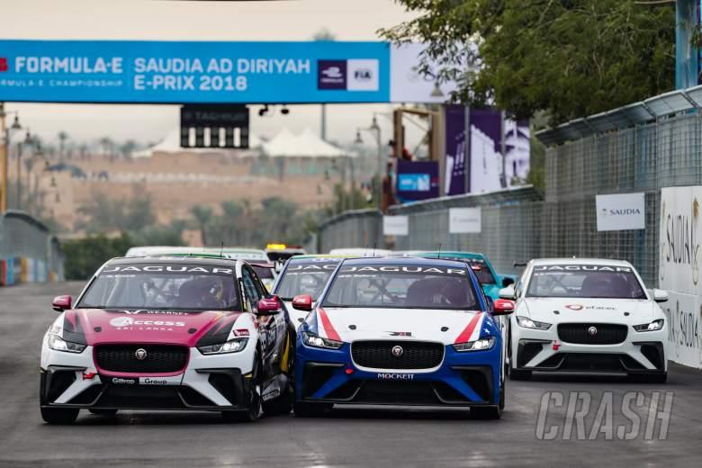 Formula E: Evans wins inaugural Jaguar I-PACE eTROPHY race