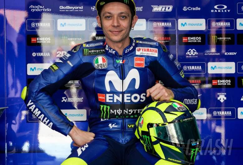 Rossi Reveals 2018 Motogp Helmet Design News Crash