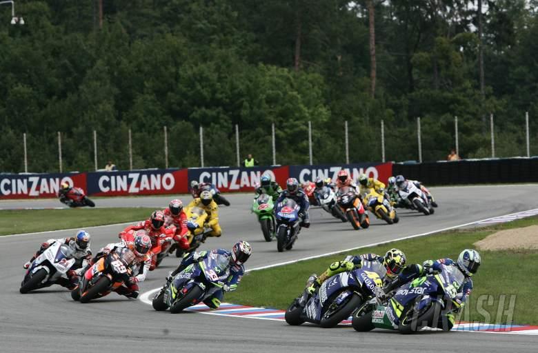 Race start, Czech MotoGP Race, 2005