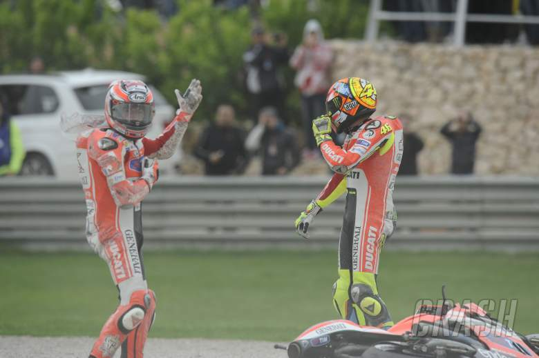 Hayden and Rossi, Valencia MotoGP Race 2011