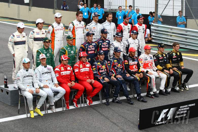 27.11.2011- Drivers group photo