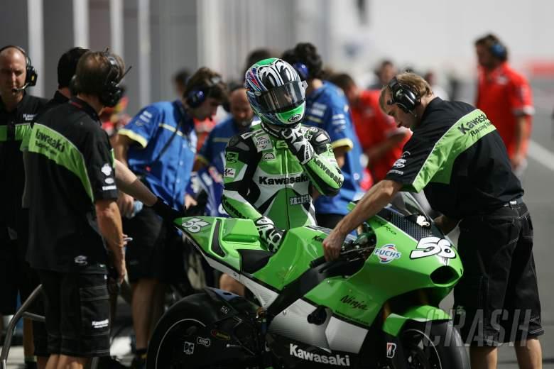 Nakano Stays With Kawasaki Motogp News Crash