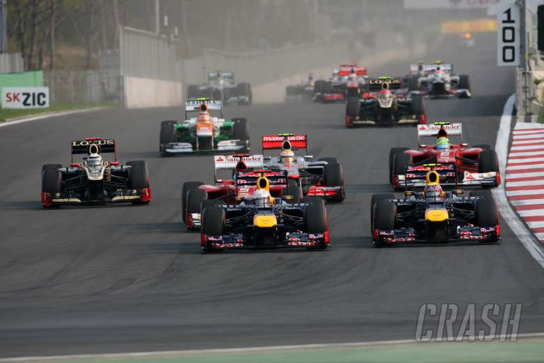 14.10.2012- Race, Start of the race, Sebastian Vettel (GER) Red Bull Racing RB8 and Mark Webber (AUS