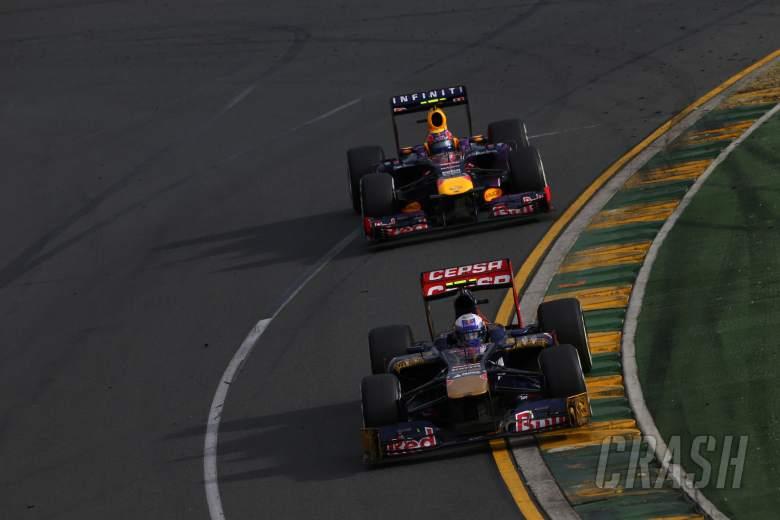 , - 17.03.2013- Race,Daniel Ricciardo (AUS) Scuderia Toro Rosso STR8 leads Mark Webber (AUS) Red Bull R