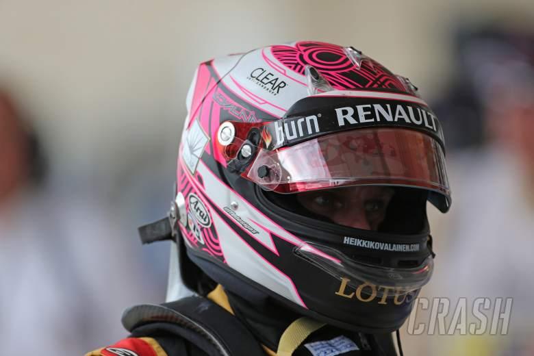 16.11.2013- Qualifying, Sebastian Vettel (GER) Red Bull Racing RB9 pole position