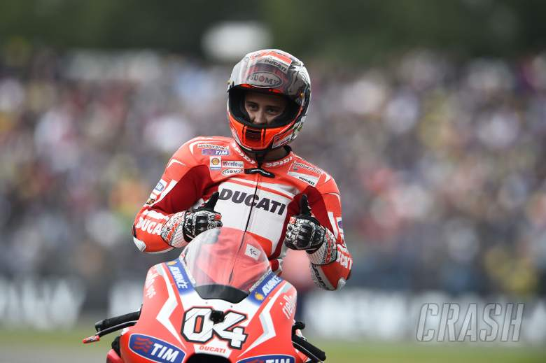 Andrea Dovizioso re-signs for Ducati