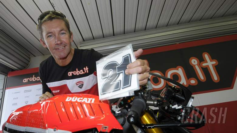 PICS: Troy Bayliss brings '21' back to WSBK