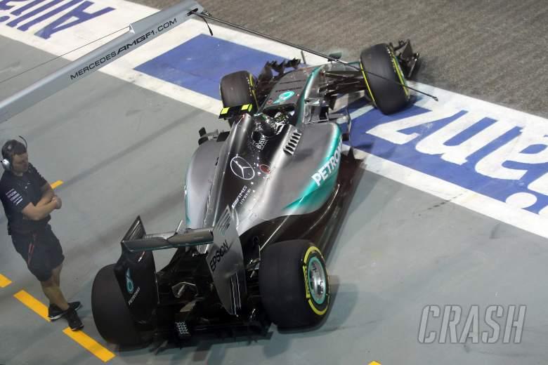 Wolff refutes tyre pressure link to performance slump
