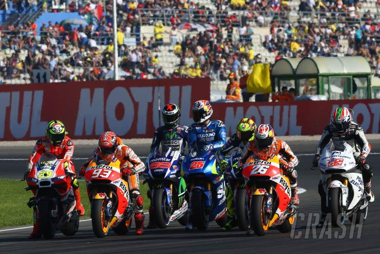 MotoGP makes 2016 concessions official