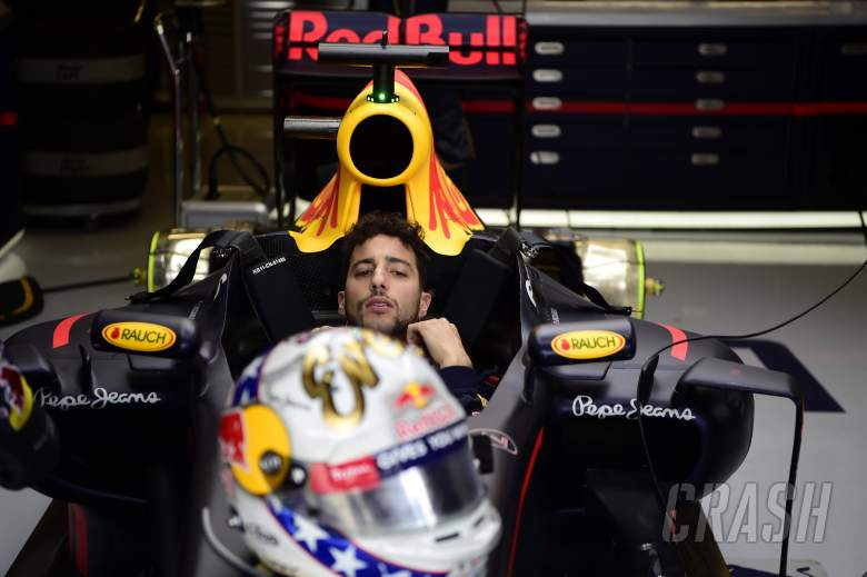 Swear in your helmet, not the radio - Ricciardo
