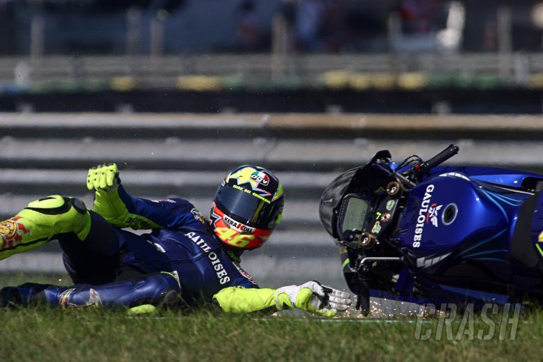 , - Rossi crash, Rio MotoGP Race 2004