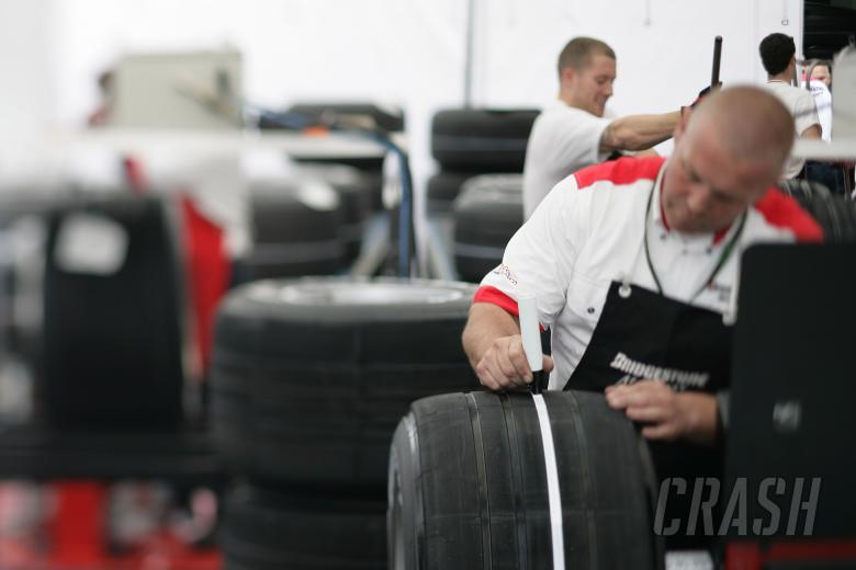 Bridgestone Tyre Technician, France F1, Magny Cours, 29th June-1st July, 2007