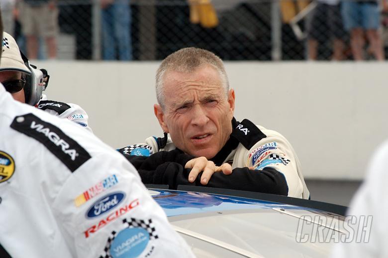 , - Mark Martin waits to qualify at New Hampshire