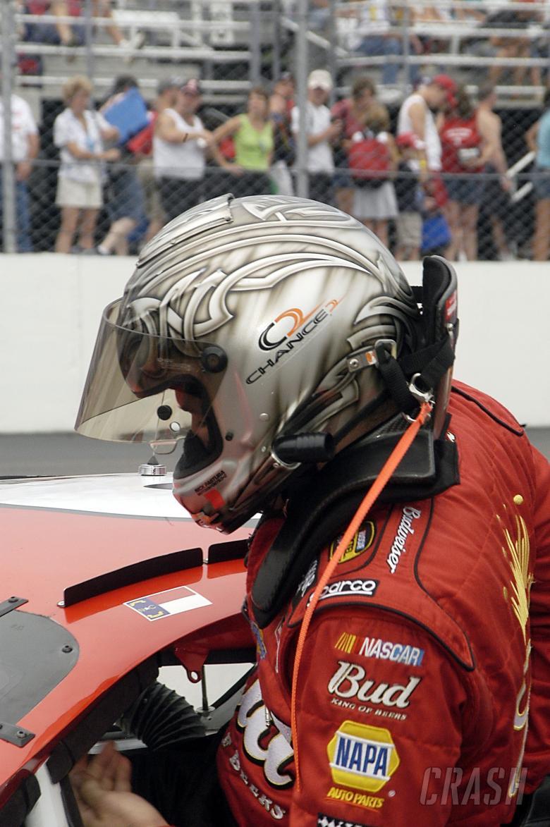 Martin Truex Jr prepares to qualify the #8 Budweiser Chevrolet for Dale Earnhardt Jr at New Hampshir