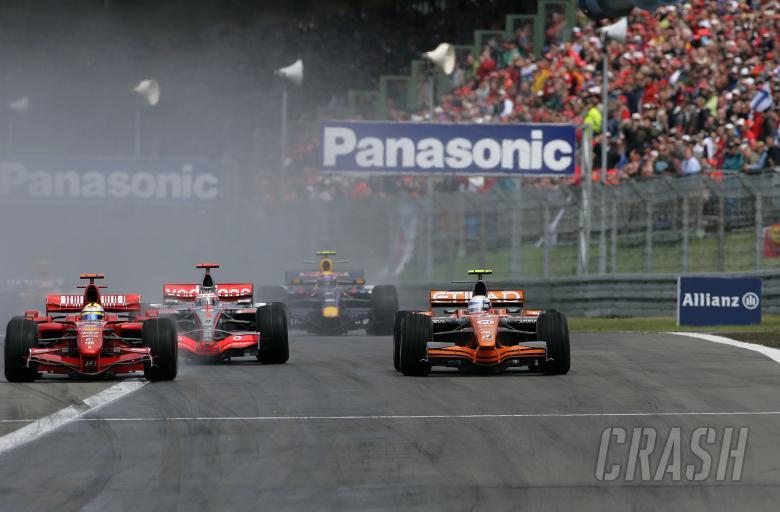 Markus Winkelhock (GER) Etihad Aldar Spyker Formula One Team F8-V11, European F1 Grand Prix, Nurburg