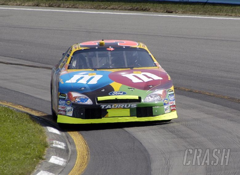 Elliott Sadler, Robert Yates Racing Ford, Watkins Glen 2004.